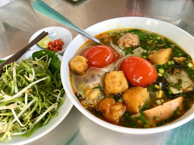 Crab Paste Vermicelli Soup - Bún Riêu Cua