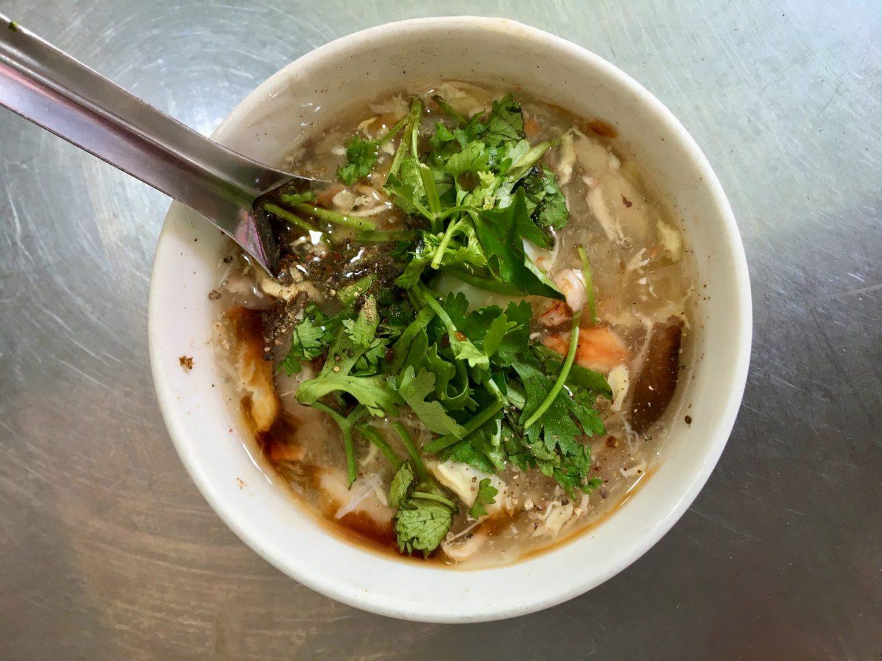 Súp Cua - Crab and Chicken Meat Soup - Delicious Vietnam