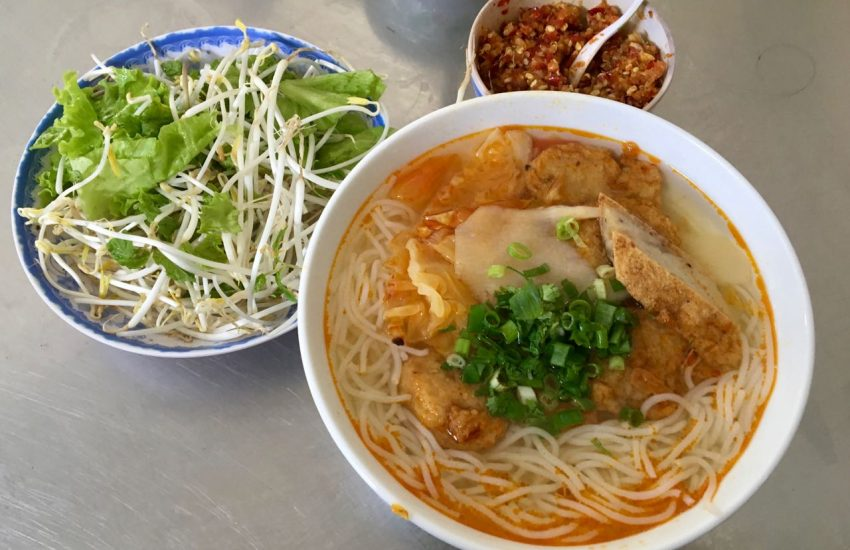 Bún chả cá - Vietnamese fishball noodle soup
