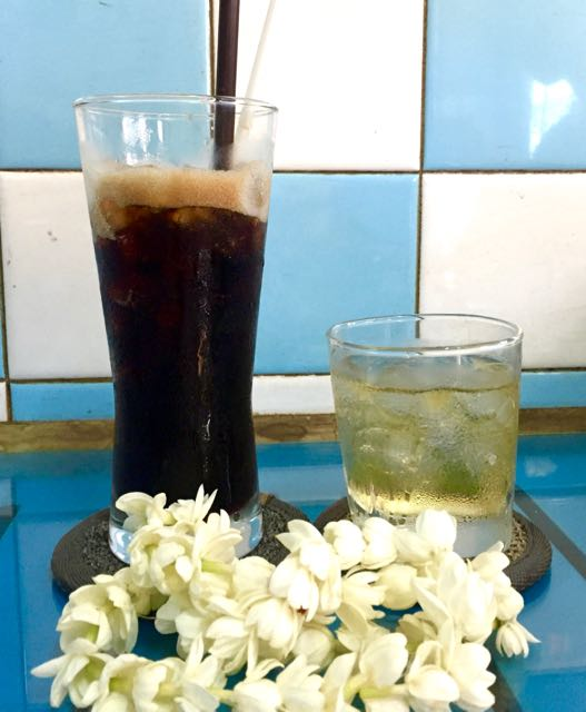 Ca Phe Da - Vietnamese Black Coffee with Iced Tea
