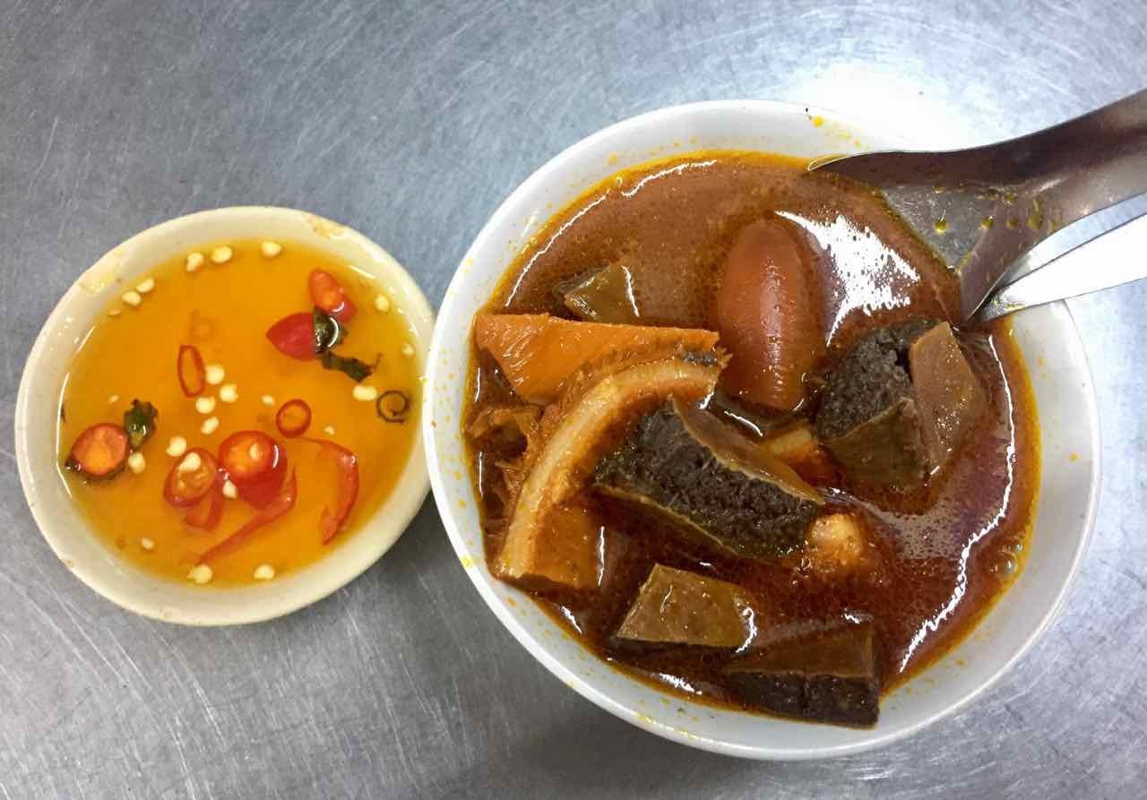 Phá Lấu Bò – Vietnamese Beef Intestine Stew