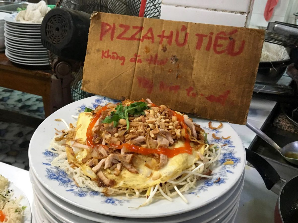 Pizza Hủ Tiếu - Vietnamese Rice Noodle Pizza